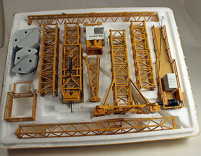 Kibri Models Liebherr Tower Crane Diecast Metal HO Scale 1/87