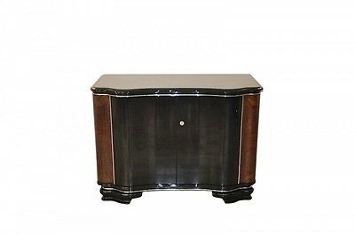 Extravagant, shapely Art Deco Chest of drawers