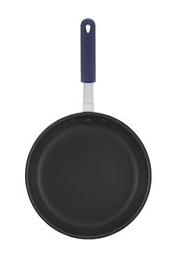 Winco AFP-14NS-H, 14-Inch Aluminum Non-Stick Fry Pan with Sleeve