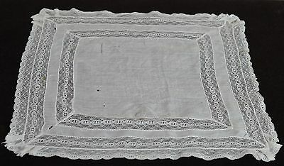 Gorgeous Vintage Hand Made Wedding Hanky With Layers Of Lace  Pp265