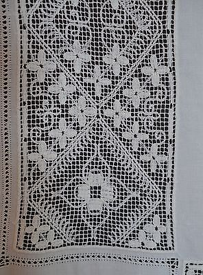 Heavenly Vintage Antique Crochet And Embroidery Linen Tablecloth Pp648