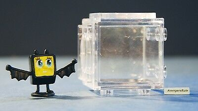 Spongebob Squarepants Cube-It Series 1 Spongebob Bat Suit