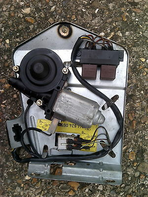 Porsche 944 (1986-1991) Sunroof Motor And Relays 94462405501