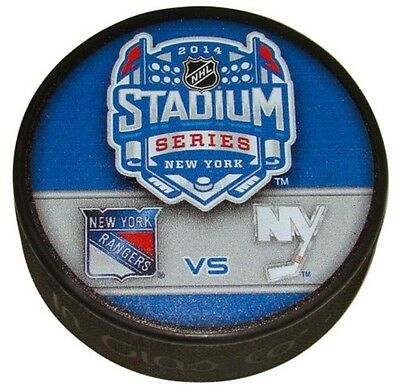 2014 NHL Stadium Series Rangers v Islanders Commemorative Collectors Puck