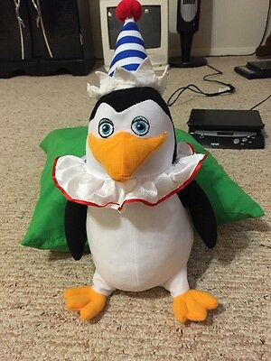 "Madagascar 3, Party Penguin Plush 12"", EUC"