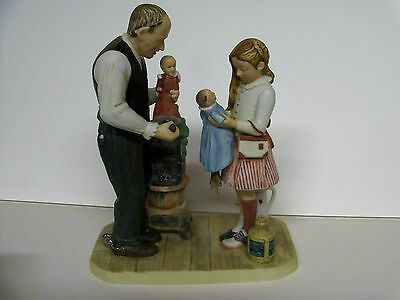 Norman Rockwell The Curiosity Shop  GORHAM Figurine  MINT RW-39