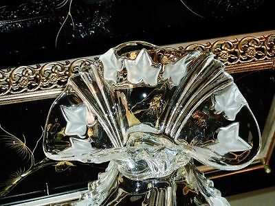 Exceptional Exquisite Crystal Serving Bowl.