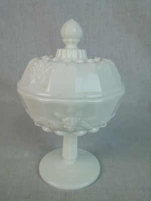 """Westmoreland Paneled Grape Milk Glass Covered compote 7"""" tall 4 1/2"""" diameter"""