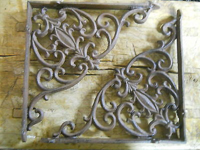 2 Cast Iron Antique VICTORIAN Style Brackets Garden Braces RUSTIC Shelf Bracket