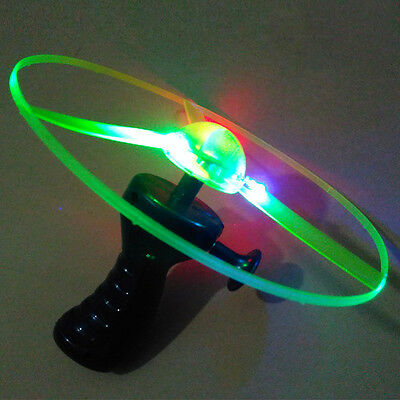 1 PC Frisbees Boomerangs Flying Saucer Plastic Clover Spin LED Light Outdoor Toy