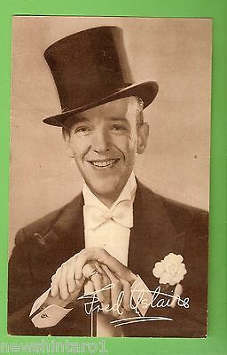 #G.  Early Fan Postcard Of Fred Astaire, Printed Signature