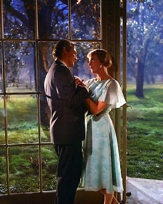 """Julie Andrews & Christopher Plummer [The Sound of Music] 8""""x10"""" 10""""x8"""" Photo"""