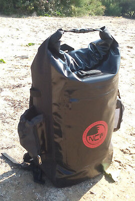 Waterproof 30L dry bag roll top rucksack, padded back & straps. 100% water tight
