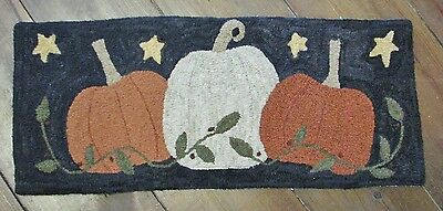 "Primitive Hooked Rug Pattern On Monks ""3 Pumpkins"""