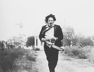 Texas Chainsaw Massacre Leatherface 1974 8X10 Movie Photo Picture