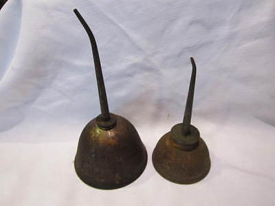 Antique/vintage Pair Of Oil Cans Gemm Co And Singer Thumb Oilers