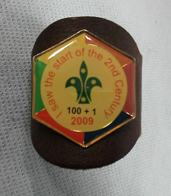 #d176. 2009  Scouting  Neckerchief  Toggle