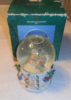 Vintage Gorgeous Christmas Musical Water Globe Hand Painted Old