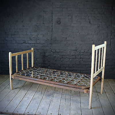 Early 20th Century Single Bed Frame. (£240 Ex VAT)