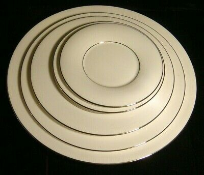 Vera Wang by Wedgwood -Tribeca -5 pc -Dinner,Accent,Salad, & Bread Plates+Saucer