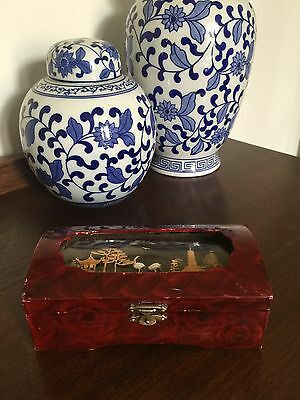 Vintage Oriental Lacquered Jewellery Box Chinese Cork Carving Diorama