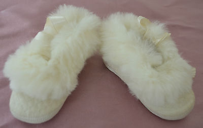 Beautiful Baby Booties Shoes – Mrs. Day'S Ideal – Size 1 With Rabbit Fur Rr104