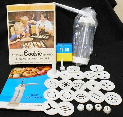 Vintage Cookie Making And Cake Decorating Set