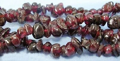 100 x Red Garnet Gemstone Chips - 5-8mm - LB1304