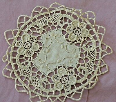 Set Of 11 Vintage Linen And Needlelace Doilies Coasters Rr265