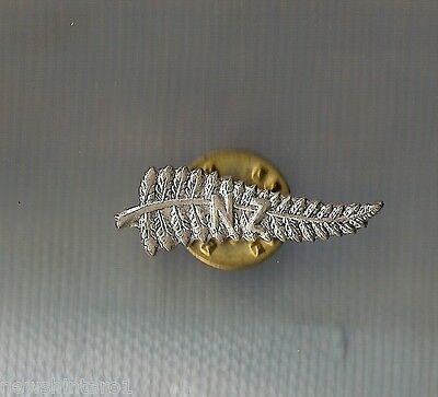 #d204.  New Zealand  Fern Badge   Made For  Olympic Games