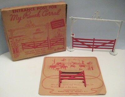 Old Diecast Metal Manoil Western Cowboy Ranch Corral Fence & Gate in Box NICE!