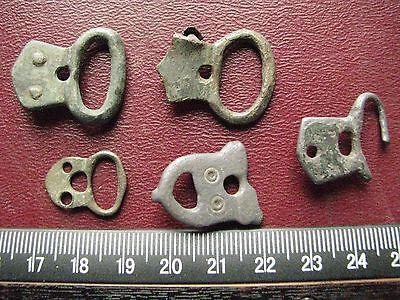 Authentic Ancient Artifact > Lot of 5 - Medieval Bronze belt buckles   13364