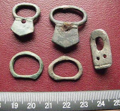 Authentic Ancient Artifact > Lot of 5 - Medieval Bronze belt buckles   13348