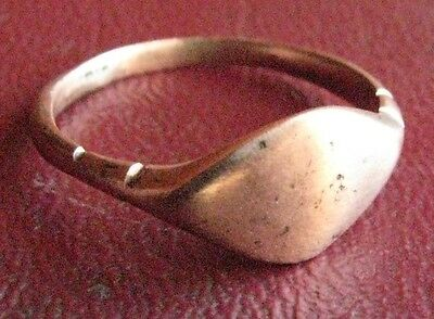 Ancient Artifact > Medieval Bronze Finger Ring SZ: 8 1/4 US 18.25 mm 13434 DR