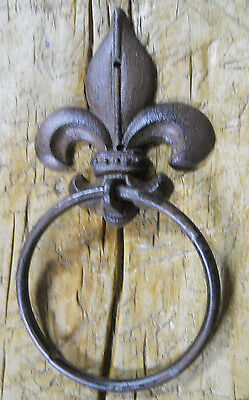 2 Cast Iron Antique Style Rustic FLEUR DE LIS Door Knocker TOWEL RING Holder