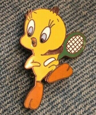 Tweety Bird Pin ~ Tennis ~ WB Looney Tunes ~ 80's vintage cloisonne