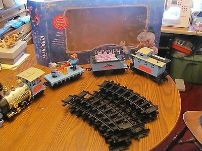 Rudolph Island of Misfit Toys Red Nose Express Train set TESTED COMPLETE