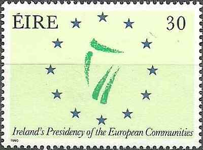 Timbre Irlande 701 ** lot 8778