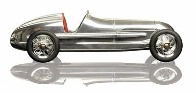 G643: Mercedes Silver Arrow W25 Model Race Car, Model Car Red Seat