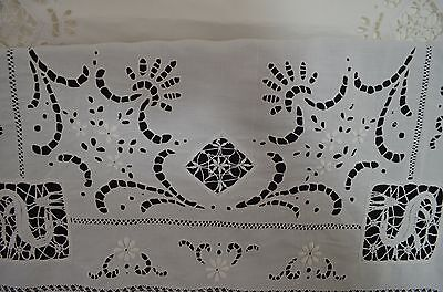 "Very Fine Antique Italian Linen And Lace Tablecloth With ""R"" Mono Pp685"