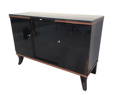 French Art Deco Sideboard mit Nut tree making