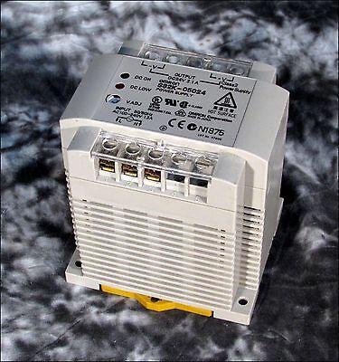 Omron S82K-05024 Dc Power Supply 24V 2.1A Out/100-240V In