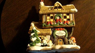 """Fitz And Floyd Holiday Hamlet """"dollmakers' Cottage"""" Enchanted Forest Collection"""