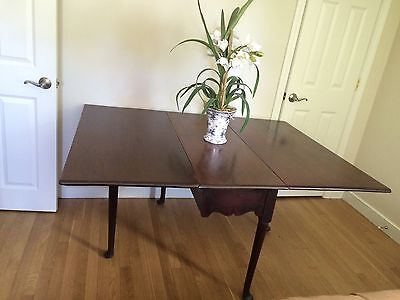 Antique 1750's Queen Anne Drop Leaf Table