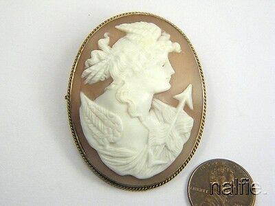 ANTIQUE VICTORIAN PERIOD GILT CARVED SHELL DIANA CAMEO BROOCH c1890