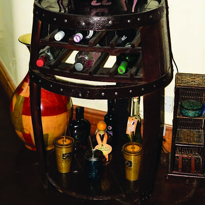 """Recycled Solid Wooden Oak Whisky Barrel """"The Middleton"""" pub Wine Rack and Table"""