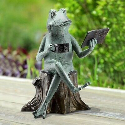 Joy Of Reading Frog On Tree Stump Metal Garden Sculpture Statue Walden Pond