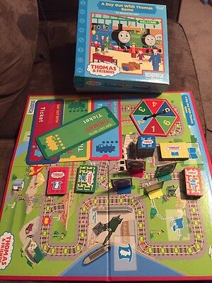 """2010 """"A Day Out With Thomas"""" Board Game ( 2-4 players ) Complete"""