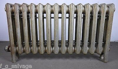 Antique Vintage Thatcher 'Gothic' Hot Water or Steam Radiator 14-fin (DB2)