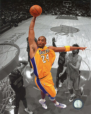 Kobe Bryant 2009 Spotlight Slam Dunk Los Angeles LA Lakers 8x10 PHOTOFILE Photo